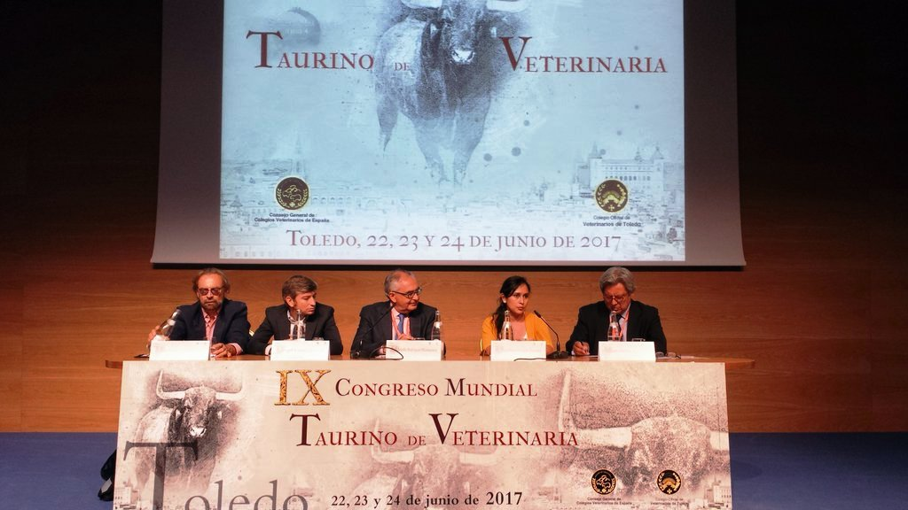 000a719 congreso 1 veterinaria